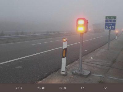 Spanier wollen auf der A8 ein Mikroklima schaffen, um das Problem des ewigen Nebels zu lösen
