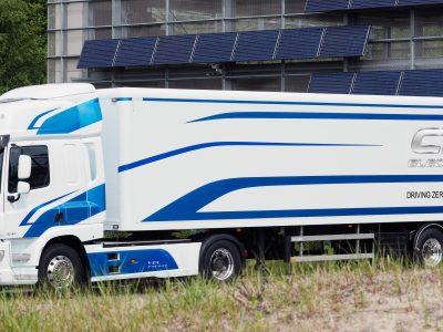100 km na pełnych bateriach. DAF prezentuje swoją pierwszą elektryczną ciężarówkę