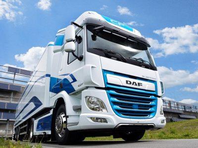 100 km egy töltéssel. A DAF is előállt a saját elektromos teherautójával.