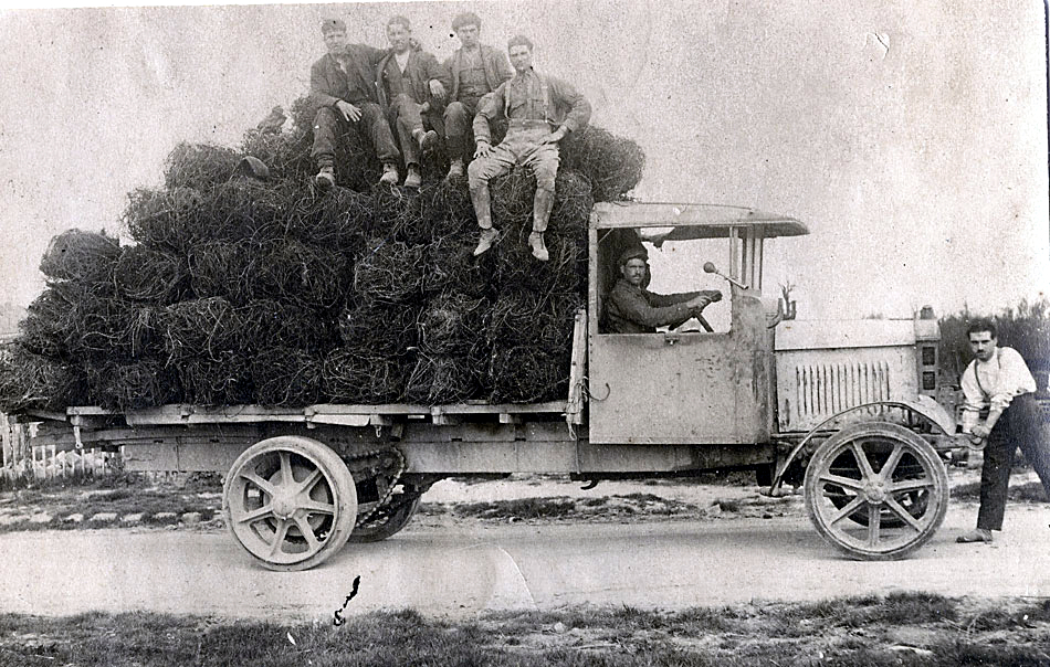 History of transport – part 13. About the producer who built the first engine especially for trucks