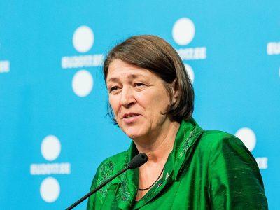 A kiküldetési rendelvényből nem enged az Európai Bizottság – Violeta Bulc válasza a NiT Hungary-nak