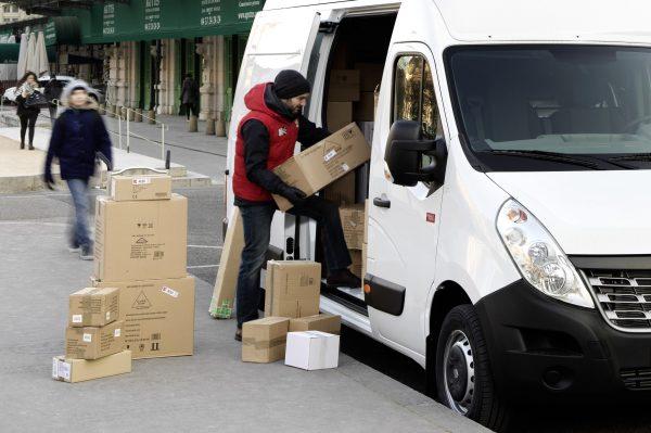 Una forma holandesa para la escasez de personal en el transporte. Los conductores del ejército apoya