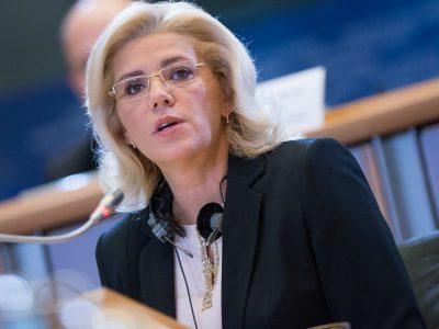 """Corina Crețu: """"Sunt extrem de îngrijorată cu privire la proiectele de infrastructură de transport."""""""