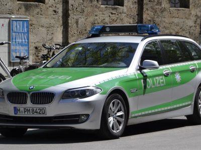 Предостережение немецкой полиции: фальшивые полицейские контролируют дальнобойщиков