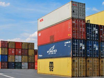 Per mėnesį Lietuvos eksportas didėjo 12 proc., importas – 14,7 proc.
