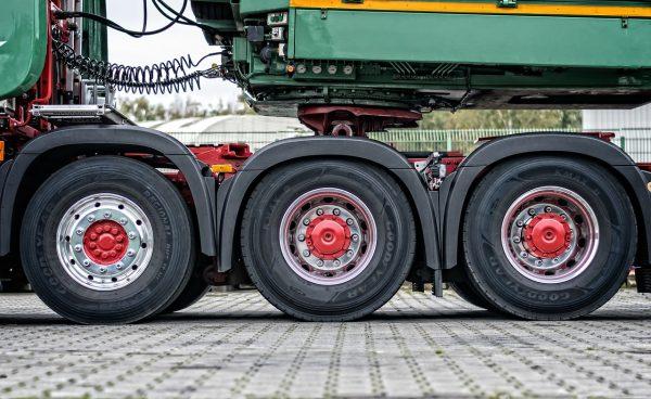 ¿Se puede sobrecargar un camión en 162 toneladas? En Ucrania esto sucedió