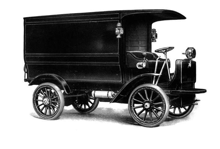Autocar typ XXI z 1918 roku miał ramę ze stalowych ceowników wzmocnionych drewnianymi belkami, które – według producenta – pochłaniały drgania i spełniały funkcję amortyzatora.