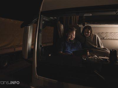 """""""Kto będzie pilnował mojej ciężarówki, kiedy będę spał w hotelu?"""" Zakaz noclegów w kabinie budzi wielkie obawy kierowców"""