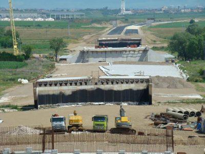 Șantierul de pe lotul 2 al Autostrăzii A10 Sebeș-Turda arată dezolant (fotoreportaj)