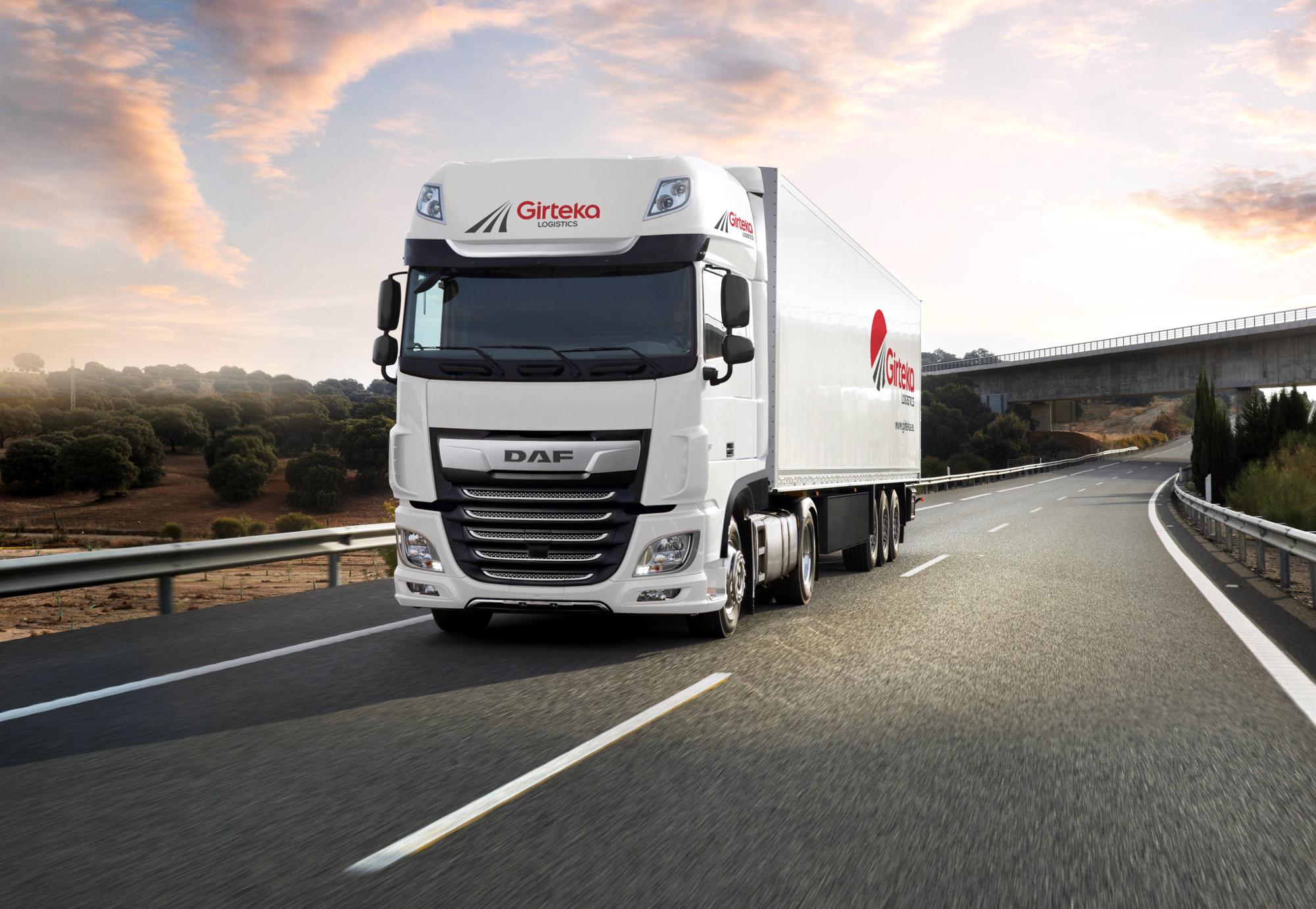 Girteka robi duże zakupy u DAF-a. Zamówiła trucki z luksusowymi kabinami
