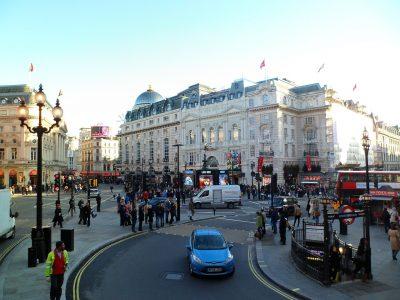Napi 300 font lesz a londoni behajtás a régebbi teherautóknak