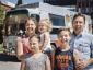 Niesamowita przygoda belgijskiej rodziny, która ruszyła w świat zabytkowym autobusem Scanii