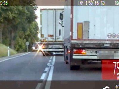 Už šį manevrą Lietuvos vairuotojas prarado vairuotojo pažymėjimą