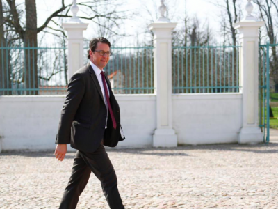 Camiones eléctricos exentos de peaje. ¿El ministro de transporte alemán dará alivio en 2019?