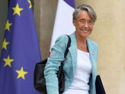 Guvernul francez planifică introducerea unei noi taxe pentru camioane