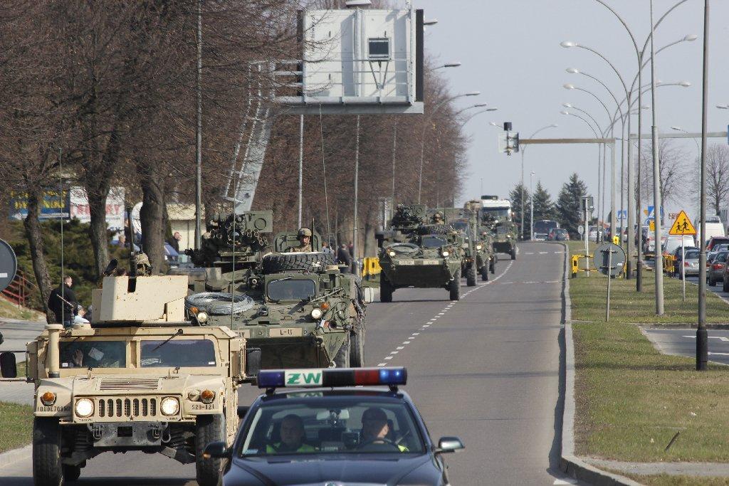 Kolumny wojskowe wyjadą na drogi. Uważajcie na trasach w zachodniej Polsce