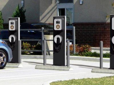 Directivă UE: România trebuie să dețină o infrastructură funcțională pentru încărcarea vehiculelor electrice până în 2025