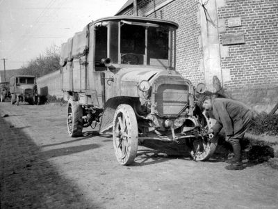 History of transport – part 22. Drivers' work after World War I required endless patience