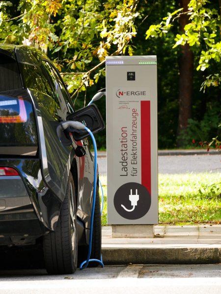 Im Jahr 2030 wird jede sechste LKW-Fahrt elektrisch erfolgen