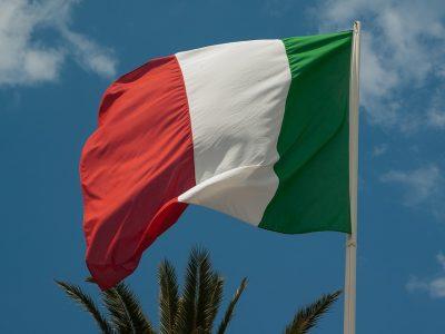 Italienische Lkw-Fahrverbote im Jahr 2021. Die Regierung hat eine Reihe von Ausnahmen eingeführt