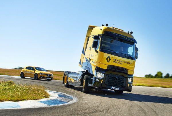 Išmani greičio palaikymo sistema. Kaip atrodo išmanieji sunkvežimio įrenginiai?
