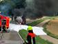 A hős sofőrt, aki lángoló tartállyal hajtott ki a városból, 3200 euróra büntették meg