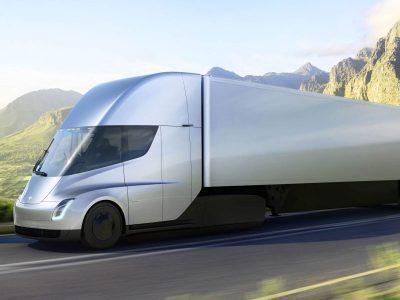 "Tesla Semi vilkikas su ""Mad Max"" režimu. Beprotiška Elono Musko idėja"