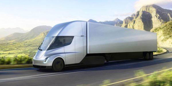 """Tesla znów opóźnia produkcję Semi. To już dwa lata """"poślizgu"""""""