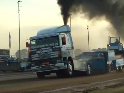 Sporto varžybos su sunkvežimiais. Žiūrėkite tris įdomiausias