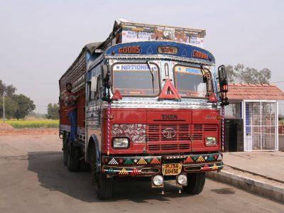 Šis vežėjų protestas apėmė net 9,3 milijono žmonių – trečią dieną maistas buvo gabenamas autobusais