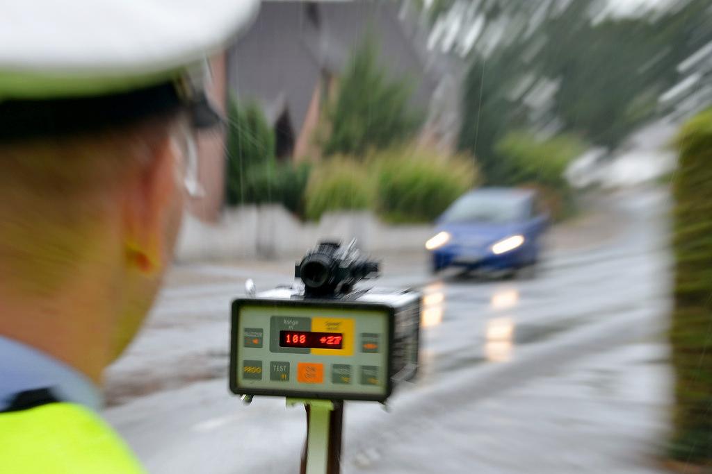 Blitzer-App Polizeikontrolle