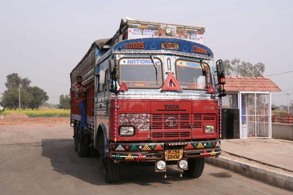 Strajk kierowców zachwiał indyjską gospodarką. Miliony protestujących powiedziało rządowi dość