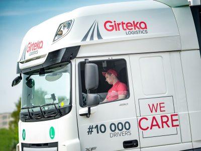 """""""Girteka Logistics"""" įdarbino 10-tūkstantinį vairuotoją ir ieško dar 10 tūkst. naujų"""