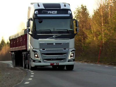 Cine răspunde în situațiile în care depășim greutatea maxim admisă: șoferul, expeditorul sau transportatorul?