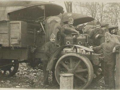 Transporto istorija – dalis 19. Kariuomenė veda vairuotojų ir mechanikų mokymus