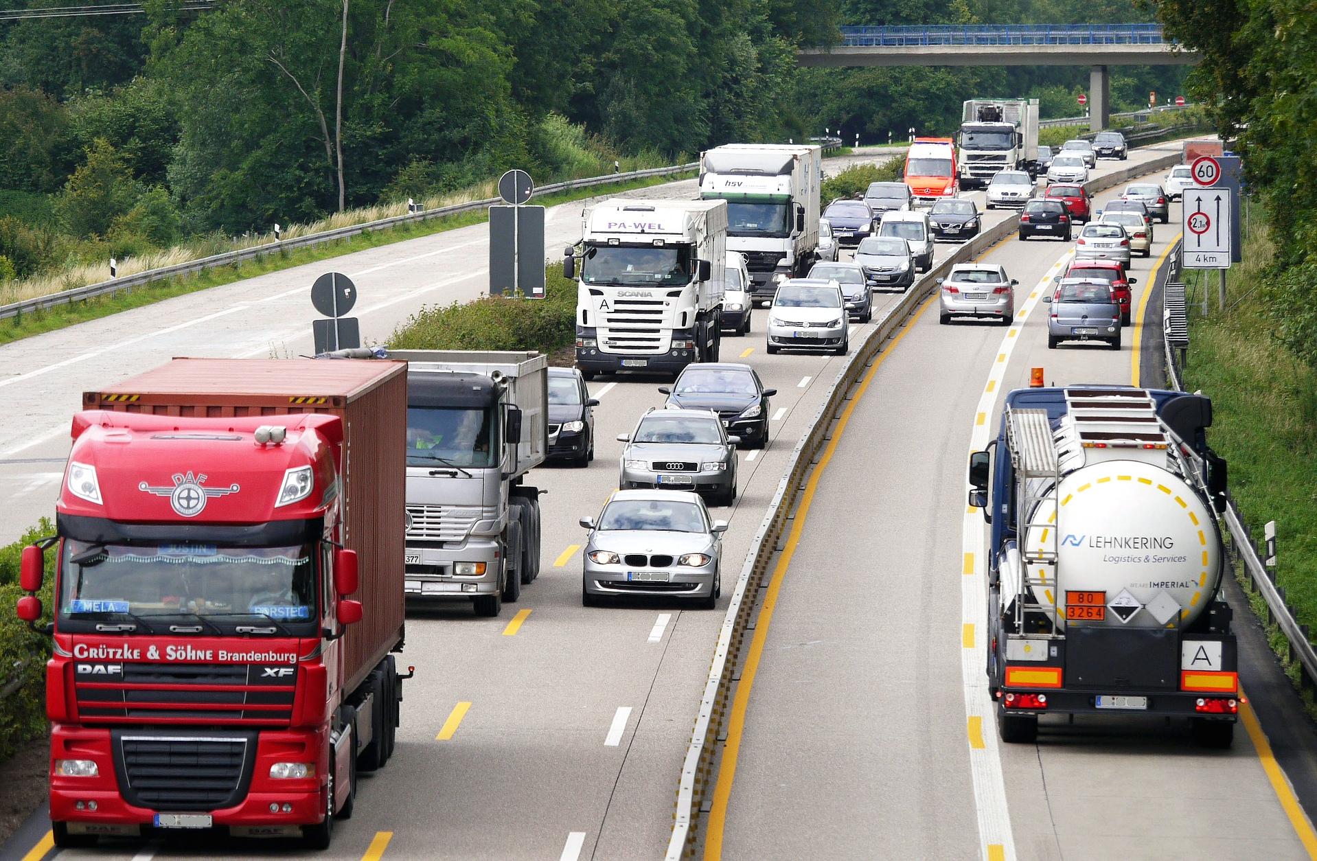 Ciężarówki na LNG i CNG zwolnione z niemieckiego myta