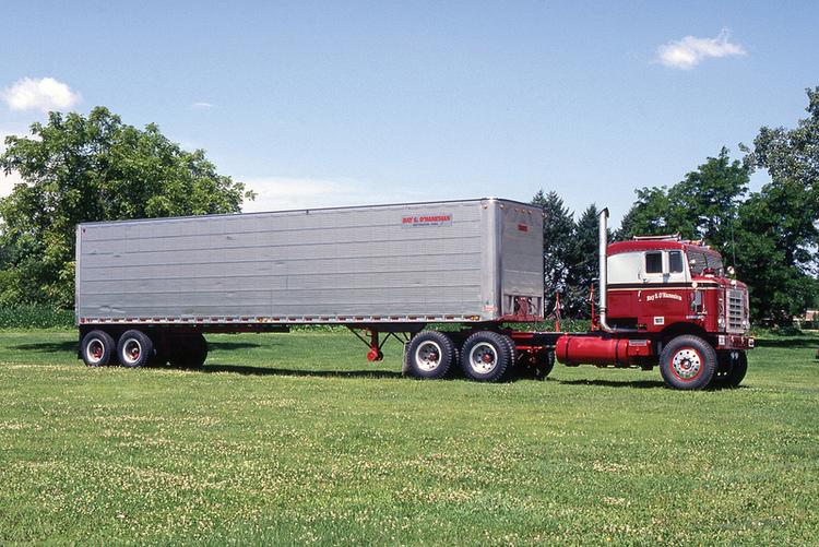 8 миллионов километров одним грузовиком