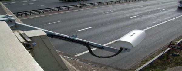 Brytyjskie systemy wyłapują przeciążone ciężarówki. Zobacz, jak działają