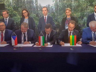"""""""Rail Baltica"""" ir """"Via Baltica"""" projektams – užsienio šalių ministrų parama"""