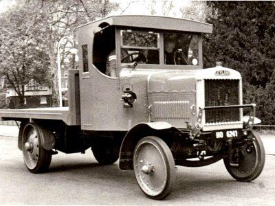 Az áruszállítás története 17. rész -arról, hogy a katonaság hogyan fizetett bele a teherautók árába