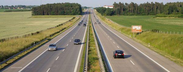 Niemiecki związek transportowy apeluje: zgłaszajcie wykroczenia innych! Tak chce wyrugować nieuczciw