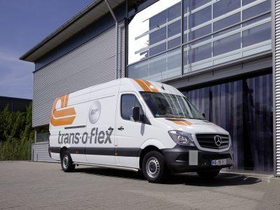 Logistikzentrum neben Solarpark: trans-o-flex optimiert Netz durch neuen Standort in Hessen