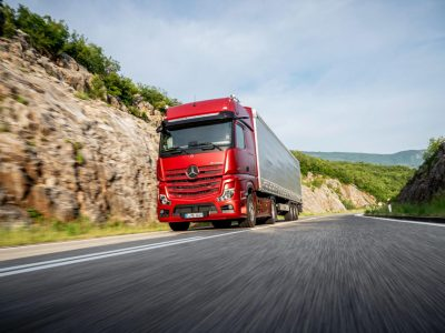New Mercedes-Benz Actros. See it live!