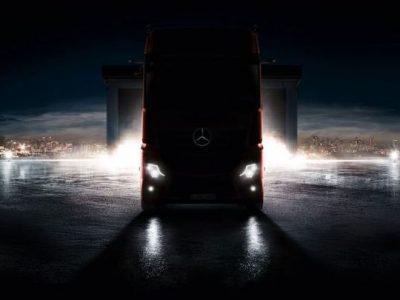 "Pirmoji oficiali ""Mercedes Actros"" nuotrauka – premjera trečiadienį, rugsėjo 5 d."