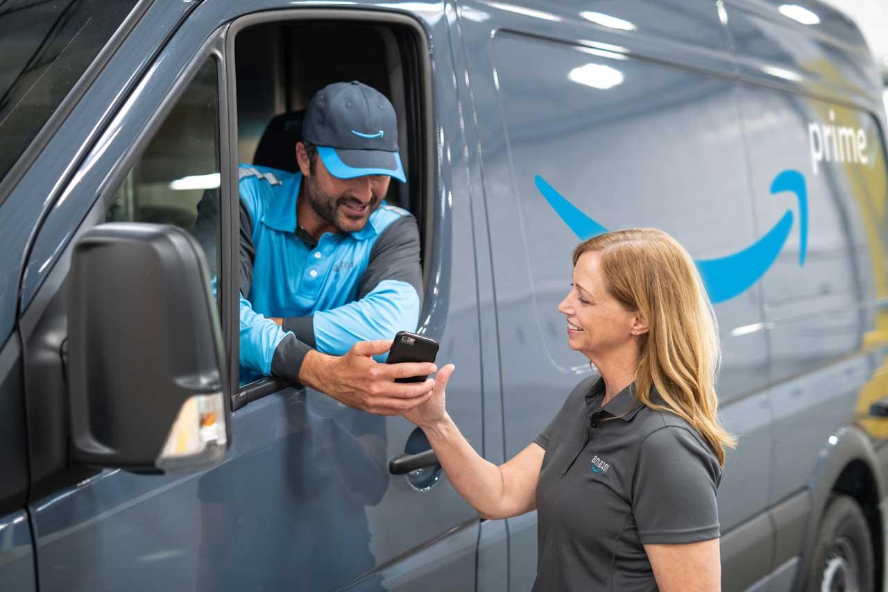 Amazon szuka kierowców w Niemczech. Zatrudnia, by zmniejszyć koszty