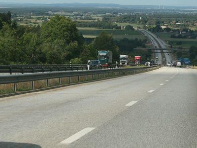 Svédország déli részén nehézségek várhatóak. Két hétre lezárják az autópályát