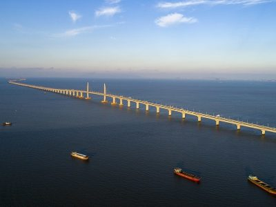 Kinijoje buvo atidarytas ilgiausias tiltas pasaulyje