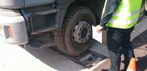 Rosja szykuje automatyczny system kontroli nad przeładowanymi ciężarówkami