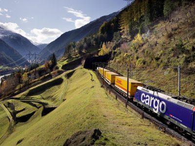 DHL bietet neue LCL-Schienenverbindung von Europa nach Asien