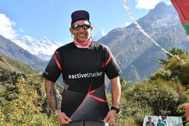 Patryk Prukop, kierowca w Himalajach